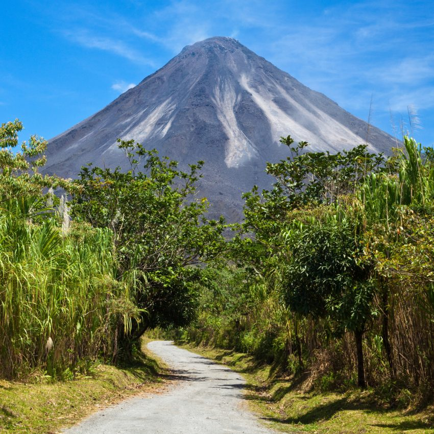 Best Places to Enjoy Wildlife in Costa Rica. Road to Arenal