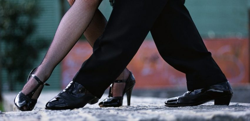 Explore the beauty of Buenos Aires. Buenos Aires Tango
