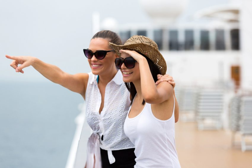 Cruise Passenger Trends in 2017. Friends enjoying cruise ship