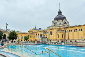 Szechenyi bath spa in Budapest (Hungary). Photo: depositphotos.com