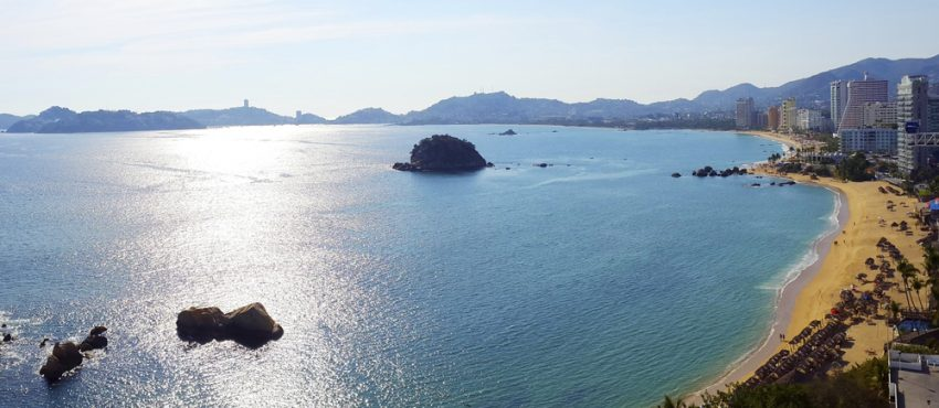 When is the best time to visit Mexico? Acapulco Bay.