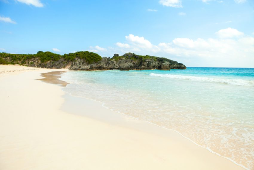 Best Kid-Friendly Beaches. Bermuda Horseshoe Bay beach scene empty without any tourists.