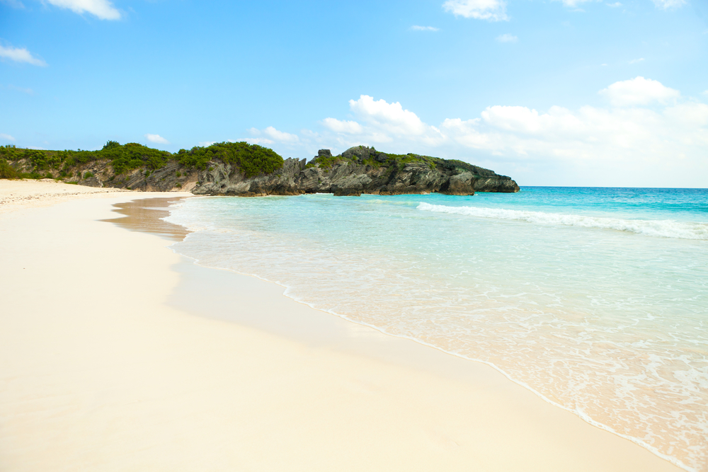 Bermuda Horseshoe Bay beach scene empty without any tourists. Photo: depositphotos.com