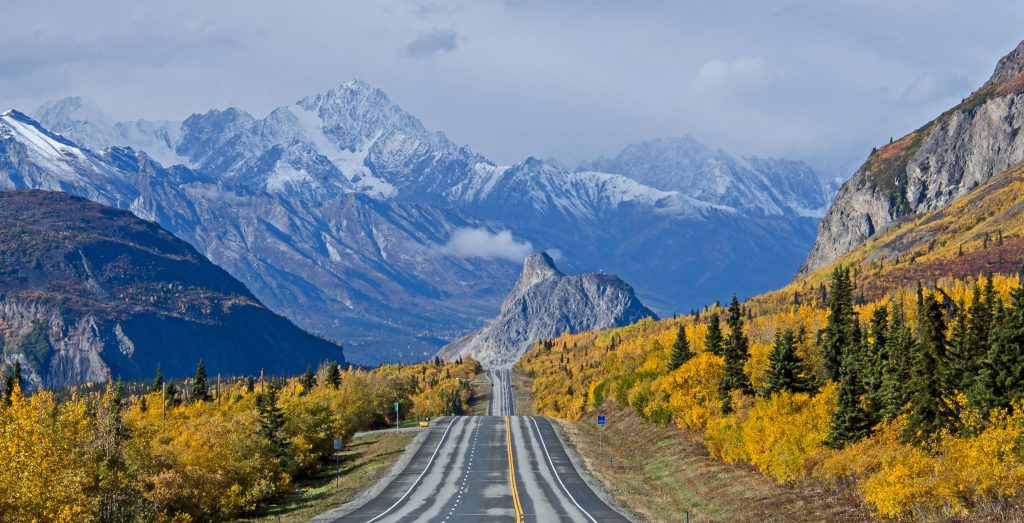 Cruise to Alaska. Heading towards Lion's Head along the Glenn Highway during the fall in Alaska